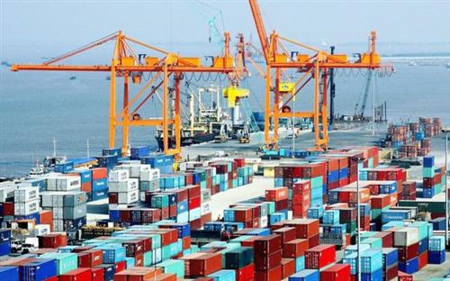 Xuất khẩu hàng hóa vẫn tăng trưởng dương