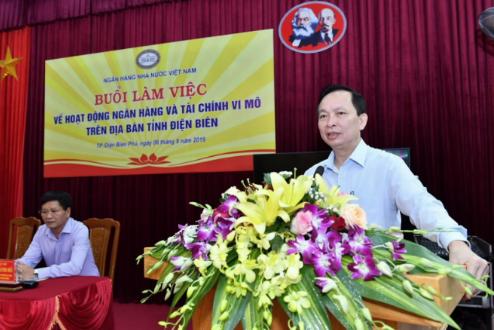 Phó Thống đốc Đào Minh Tú làm việc về hoạt động ngân hàng và tài chính vi mô tại Điện Biên