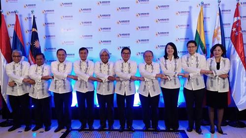 Phó Thống đốc Nguyễn Thị Hồng tham dự Hội nghị Thống đốc NHTW các nước ASEAN lần thứ 13 và Hội nghị chung Bộ trưởng Tài chính và Thống đốc NHTW các nước ASEAN lần thứ 3