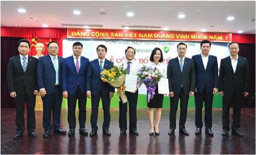 Công tác đào tạo và nghiên cứu khoa học góp phần phát triển nội lực Vietcombank
