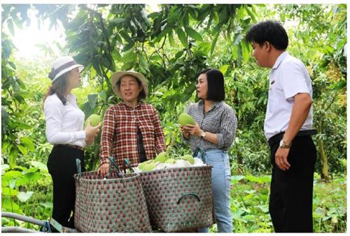 """Agribank đầu tư cho """"Tam nông"""" đóng góp tích cực vào công cuộc xóa đói giảm nghèo ở nông thôn"""