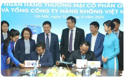 MB và Vietnam Airlines chính thức ký kết thỏa thuận hợp tác toàn diện