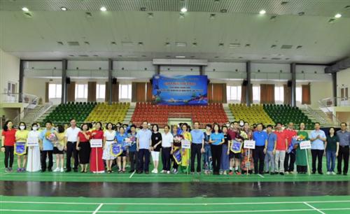 Công đoàn Cơ quan Ngân hàng Nhà nước Trung ương tổ chức thành công giải giao hữu thể thao 2020
