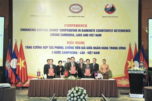 NHTW Campuchia – Lào – Việt Nam ký Thỏa thuận tăng cường hợp tác song phương trong công tác in ấn, phát hành tiền và phòng chống tiền giả