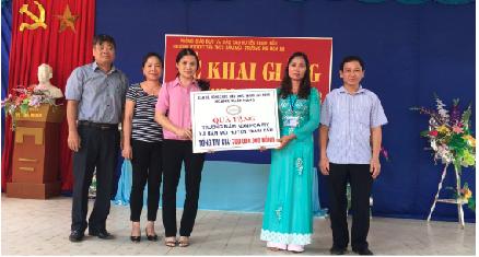 Công đoàn Ngân hàng Việt Nam bàn giao công trình bếp nấu ăn cho trường mầm non huyện Trạm Tấu, Yên Bái