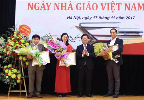 Trường Bồi dưỡng cán bộ Ngân hàng kỷ niệm ngày Nhà giáo Việt Nam 20/11