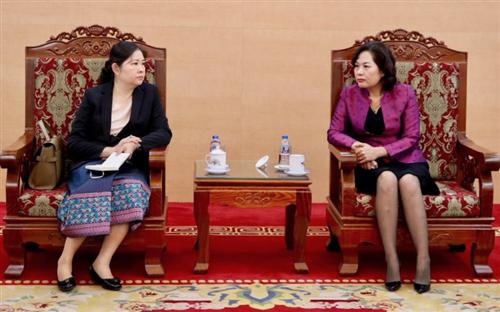 Phó Thống đốc Nguyễn Thị Hồng tiếp bà Vathana Dalaloy, Phó Thống đốc Ngân hàng Cộng hòa Dân chủ Nhân dân Lào