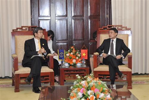 Thống đốc NHNN Lê Minh Hưng tiếp Chủ tịch ADB