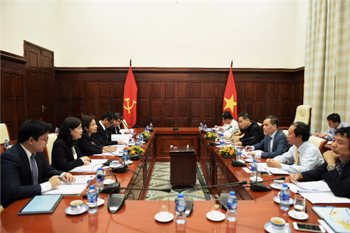 Phó Thống đốc NHNN Việt Nam Đoàn Thái Sơn tiếp Phó Thống đốc NHTW Thái Lan