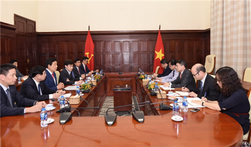 Thống đốc NHNN tiếp Chủ tịch Tập đoàn Hana (Hàn Quốc)