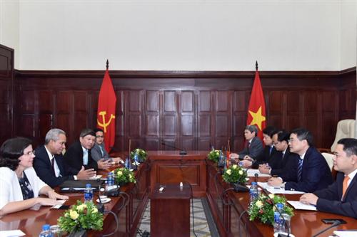 Thống đốc NHNN tiếp Thứ trưởng Bộ Ngoại thương và Đầu tư nước ngoài Cuba