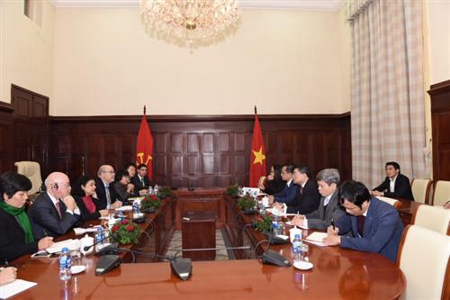 Thống đốc Lê Minh Hưng tiếp Đoàn Cán bộ Quỹ tiền tệ quốc tế
