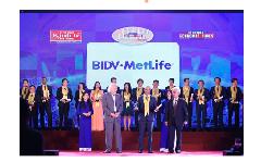 BIDV MetLife vinh dự nhận giải thưởng Rồng Vàng 2017 dành cho công ty bảo hiểm nhân thọ hàng đầu
