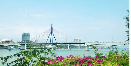 Tạo lập nguồn vốn phát triển kinh tế Đà Nẵng qua hệ thống ngân hàng trên địa bàn và hướng đến chủ đề năm 2020 Năm tiếp tục đẩy mạnh thu hút đầu tư của thành phố Đà Nẵng