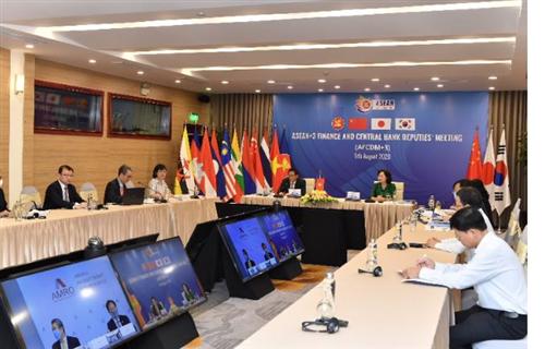 Phó Thống đốc Nguyễn Thị Hồng đồng chủ trì Hội nghị trực tuyến Thứ trưởng Tài chính và Phó Thống đốc NHTW ASEAN+3