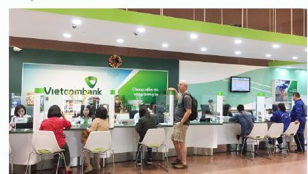 Các nhân tố tác động tới khả năng sinh lời của ngân hàng thương mại tại Việt Nam: Tiếp cận theo mô hình thực nghiệm động